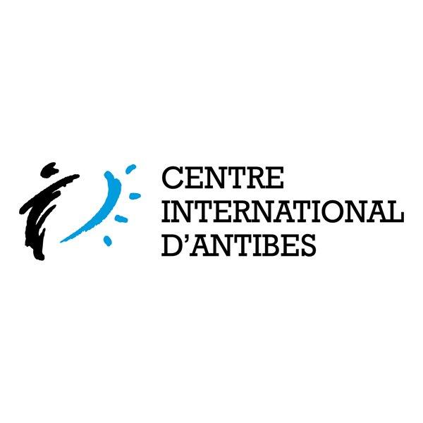 Création de logo et identité visuelle école de Français Centre International d'Antibes - Dreampix communication Antibes